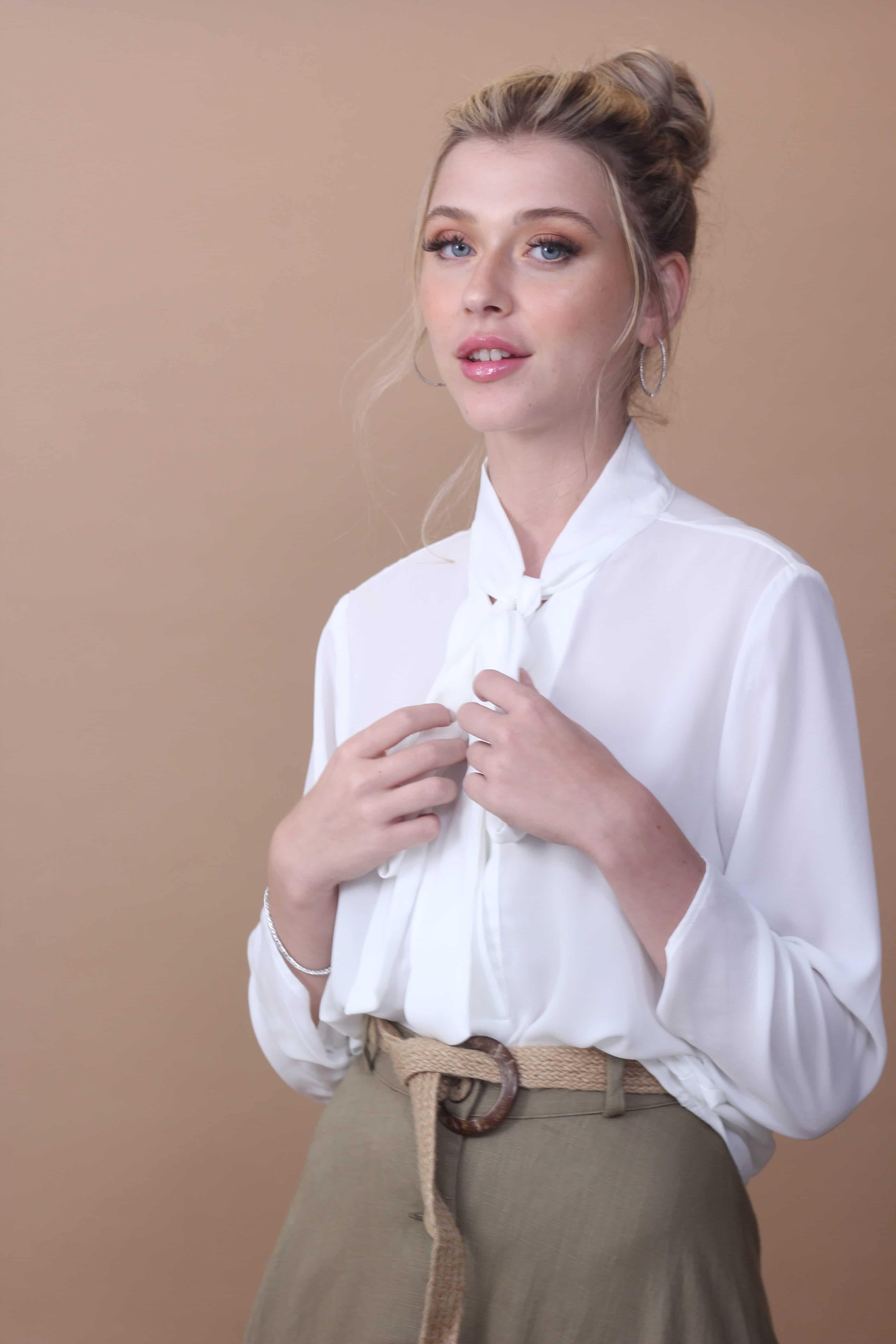 חולצת שיפון לבנה